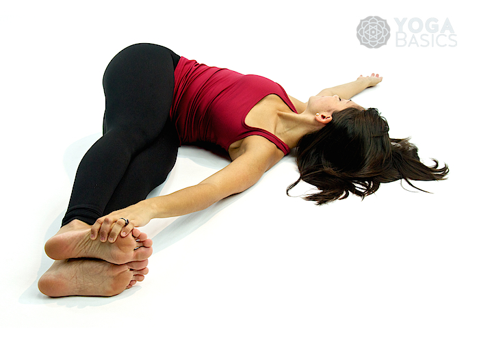 yoga belly twist